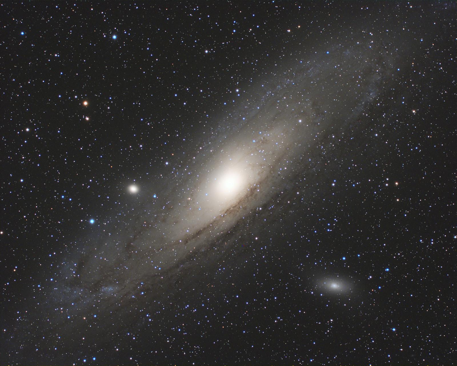 M31_fc60f6_lrgb